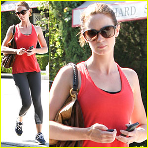 Emily Blunt: Red Hot Workout