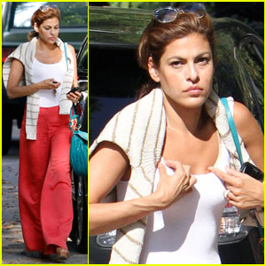 Eva Mendes: Chateau Marmont Meeting
