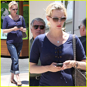 January Jones: Lunch Date with a Friend