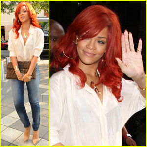 Rihanna Remembers Fan Who Died in Car Accident