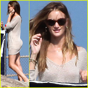 Rosie Huntington-Whiteley: Malibu House Party!