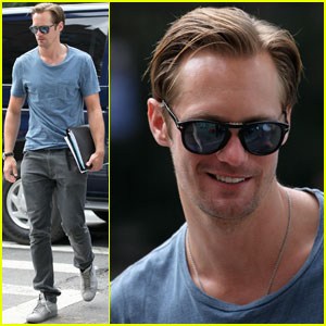 Alexander Skarsgard: 'True Blood' Renewed for Season 5!