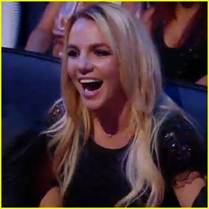 Britney Spears: 2011 MTV VMAs Tribute!
