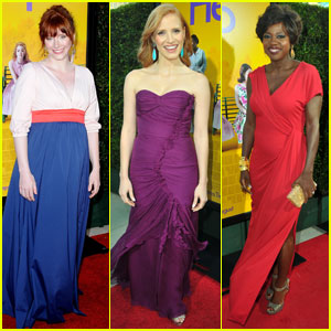 Bryce Dallas Howard & Jessica Chastain Premiere 'The Help'