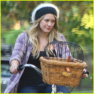 Hilary Duff Rides Her Bike with Mike