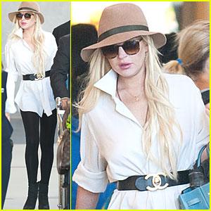 Lindsay Lohan Lands at LAX