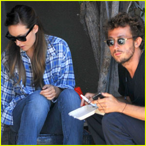 Olivia Wilde: Gjelina Lunch With Tao Ruspoli
