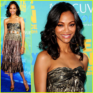 Zoe Saldana - Teen Choice Awards 2011 Red Carpet
