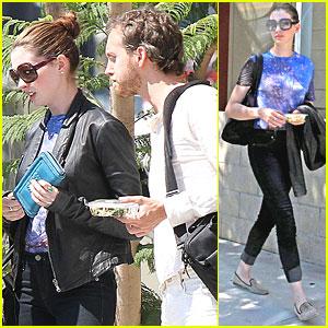 Anne Hathaway & Adam Shulman: Starbucks Stop