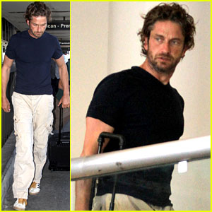 Gerard Butler Lifts Off From LAX!