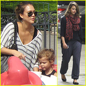 Jessica Alba: Disneyland with Honor!