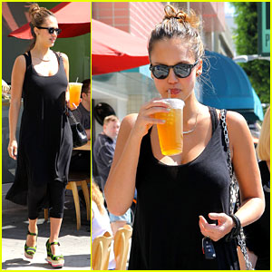 Jessica Alba Tweets Mommy Workout Tips