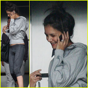 Katie Holmes Goes Spinning in Brentwood