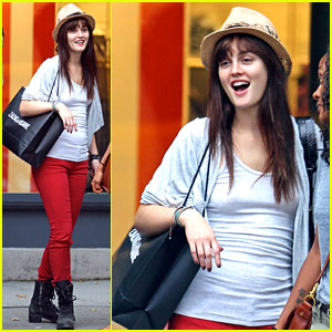 Leighton Meester: 'Gossip Girl' Premieres Today!