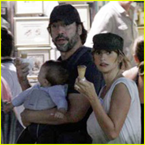 Penelope Cruz &#038; Javier Bardem: Sarajevo Stroll with Leo!