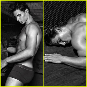 Rafael Nadal Goes Shirtless for Armani!