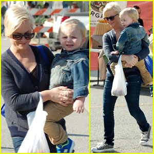 Amy Poehler: Will Arnett Bribes Archie with Ice Cream!