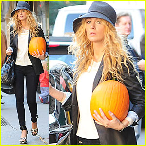 Blake Lively Picks Up a Pumpkin