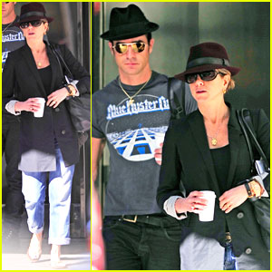 Jennifer Aniston & Justin Theroux: Meeting Mates