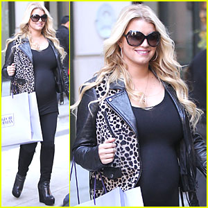Jessica Simpson: Bergdorf Goodman Shopping Spree!