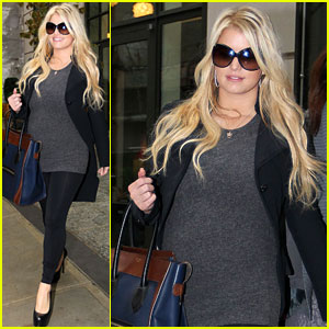 Jessica Simpson: All Smiles in NYC!
