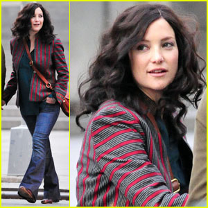 Kate Hudson: Brunette Hairdo for 'Reluctant Fundamentalist'