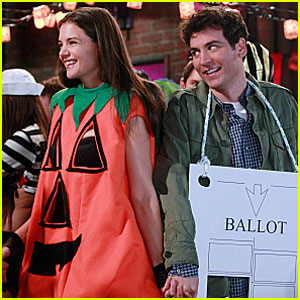 Katie Holmes on 'How I Met Your Mother' - Sneak Peek!
