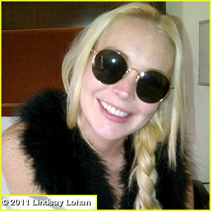 Lindsay Lohan Shows Off Her New Teeth