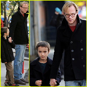 Paul Bettany: Sunday with Stellan!
