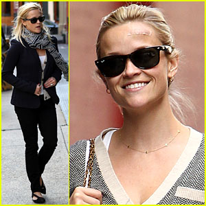 Reese Witherspoon: Bandaged Forehead!