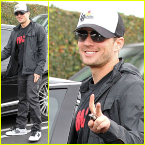 Ryan Phillippe: Fred Segal Shopper