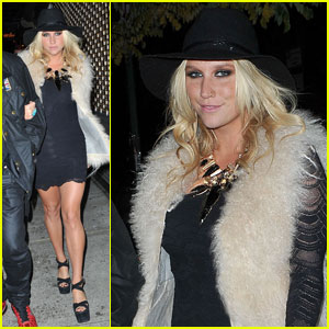 Ke$ha: Terry Richardson Exhibition Reception!
