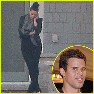 Kim Kardashian Visits Kris Humphries in Minnesota