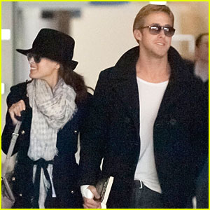 Ryan Gosling &#038; Eva Mendes: Holding Hands at Paris Airport