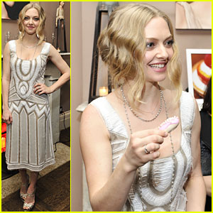 Amanda Seyfried: Cle de Peau Beaute Collection Unveiled!