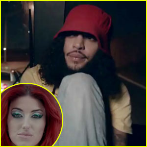 Gym Class Heroes & Neon Hitch: 'Ass Back Home' Video!