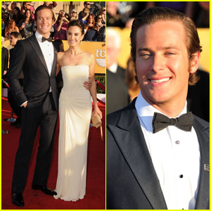 Armie Hammer: SAG Awards 2012 With Elizabeth Chambers!