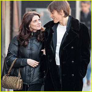 Ashley Greene & Reeve Carney: Columbus Circle Couple ...