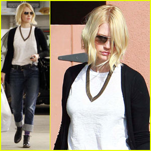 January Jones: Everybody Hates Me & My 'Mad Men' Character