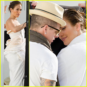Jennifer Lopez & Casper Smart Get Close in Miami!