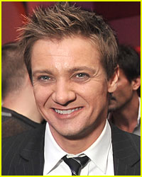 Jeremy Renner Attacked in Thailand: Report