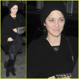 Marion Cotillard: Sans Makeup in Manhattan