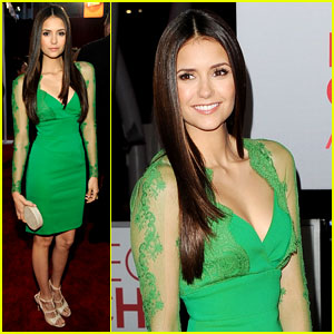 Nina Dobrev - People's Choice Awards 2012 Red Carpet