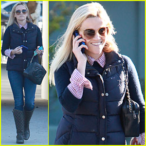 Reese Witherspoon: Day at the Office