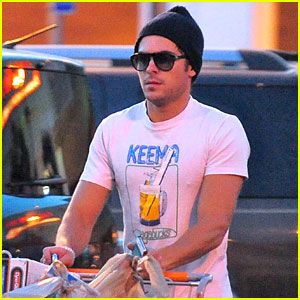Zac Efron: Home Depot Supply Shopper!
