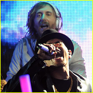 David Guetta & Chris Brown's Grammy Performance!