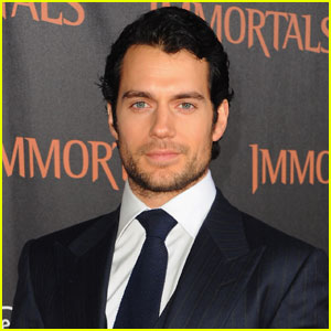 Henry Cavill In Talks for 'Great Wall' of China Movie