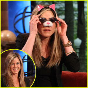 Jennifer Aniston Talks Justin Theroux's Breakdancing