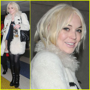 Lindsay Lohan: JFK Landing