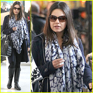 Mila Kunis Eyeing Jackie Kennedy Role?